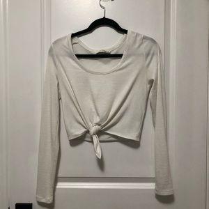Aritzia Wilfred Cropped Front-tie Long Sleeve